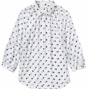 🕊️White and black Polka dot blouse 🕊️
